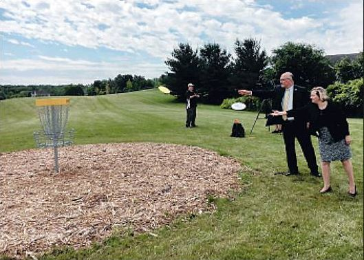 Small town in NY finishes 18 hole disc golf course
