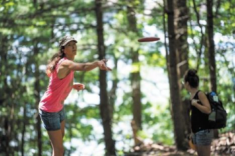 Devens disc golf get write up